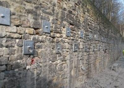Plati-Drains® Actif - Suppression de la pression hydrostatique derrière un mur de soutènement